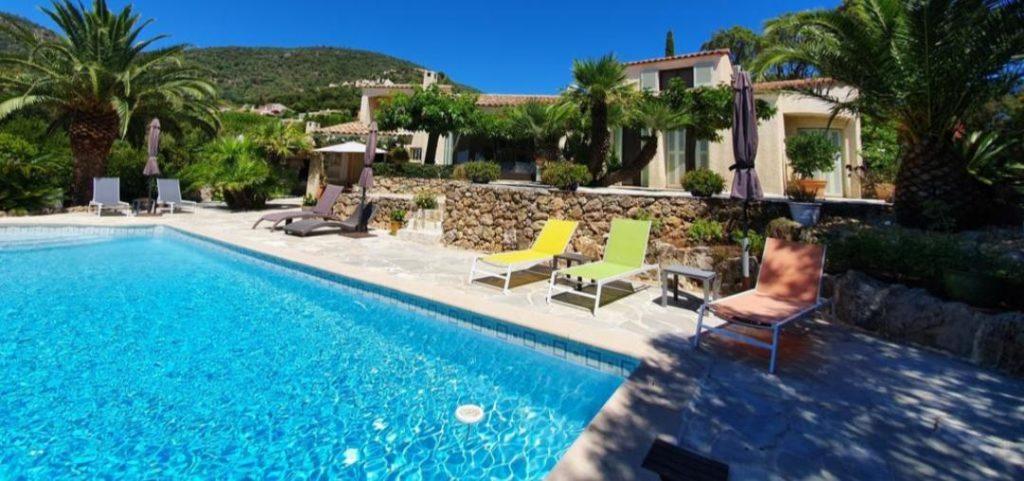 Locations Vacances Avec Piscine - Maisons Passions Hébergements